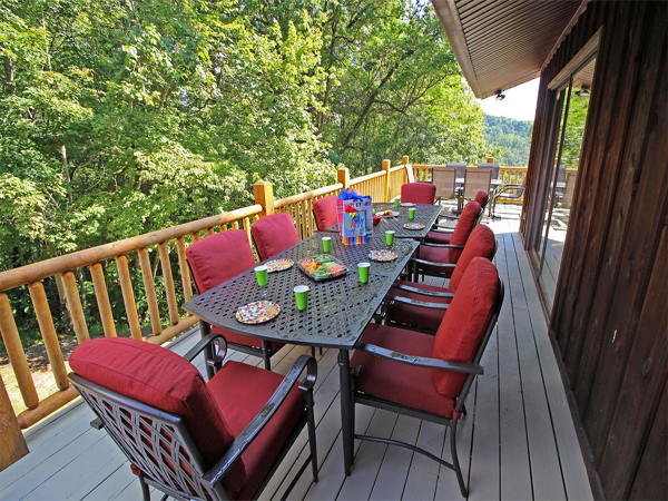 High Point Lodge - Hocking Hills Premier Cabins located in