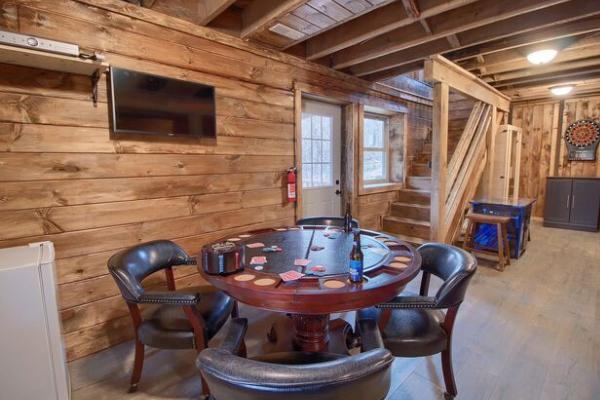 Awe Inspiring Tree Tops Lodge Hocking Hills Premier Cabins Located In Download Free Architecture Designs Scobabritishbridgeorg